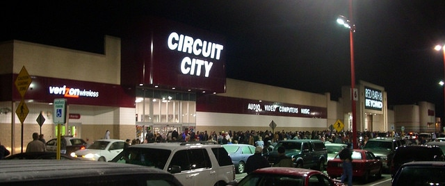 Image of Circuit City store at night