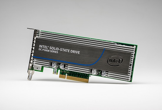 Intel® SSD DC P3608 Series (3.2TB, 1/2 Height PCIe 3.0 x8, 20nm, MLC)