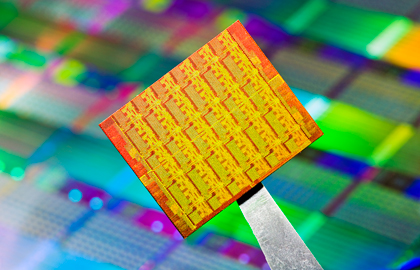 Intel multi-core chip